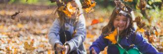 Prostočasne dejavnosti: Kdaj so otroku v zabavo in kdaj lahko postanejo obremenitev?